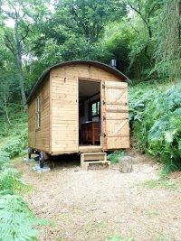 Hut 2-2.jpg