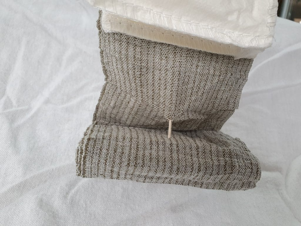 String stops the rolled bandage unravelling
